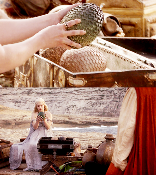 Daenerys Targaryen receives dragon eggs at her wedding.