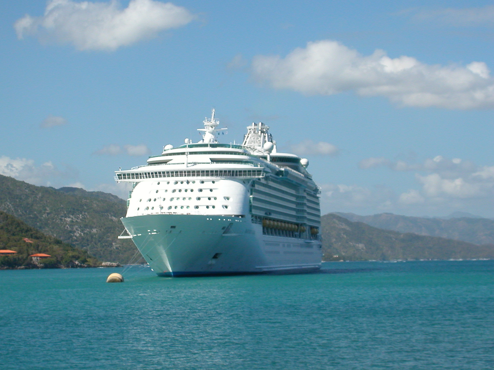 Ways To Save Money On A Cruise - 3 5 day cruises
