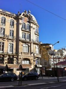 lisbon-streetcorner2