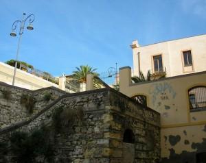sidestreet-stairwell