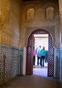 alhambra-corridor