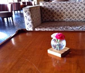 lobby-rose