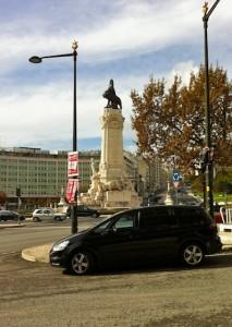lisbon-statue