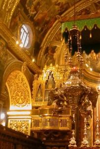 altar-closeup