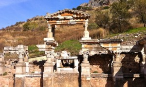 ephesus-ruins3